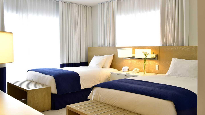 Hotel Pestana South Beach