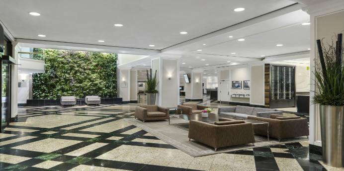 chelsea hotel toronto hays faraway. Black Bedroom Furniture Sets. Home Design Ideas
