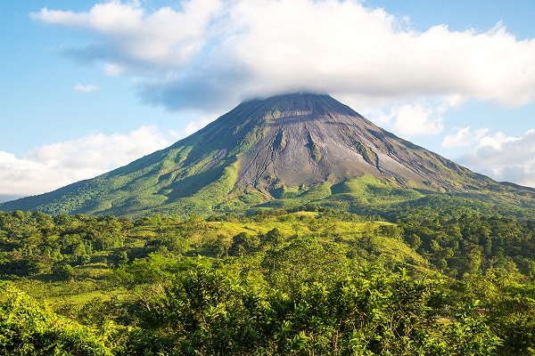Arenal Volcano_409295182