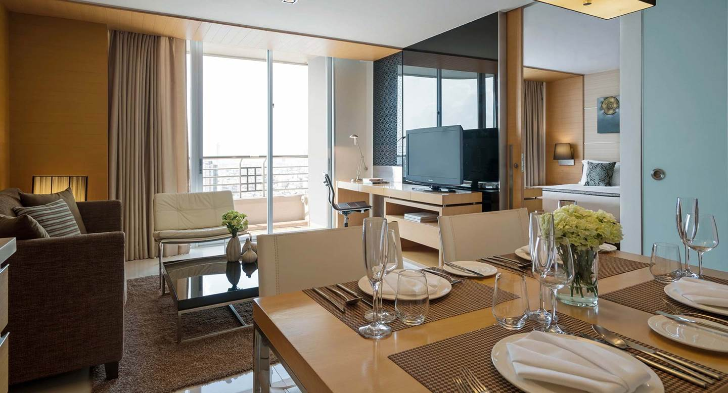 Anantara_Sathorn_Bangkok_Kasara_One_Bedroom_Suite_Dining_Area_1920x1037