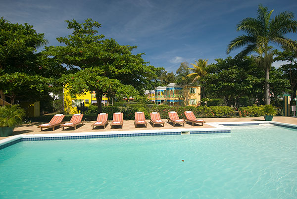HQ _Grand Pineapple Negril Pool