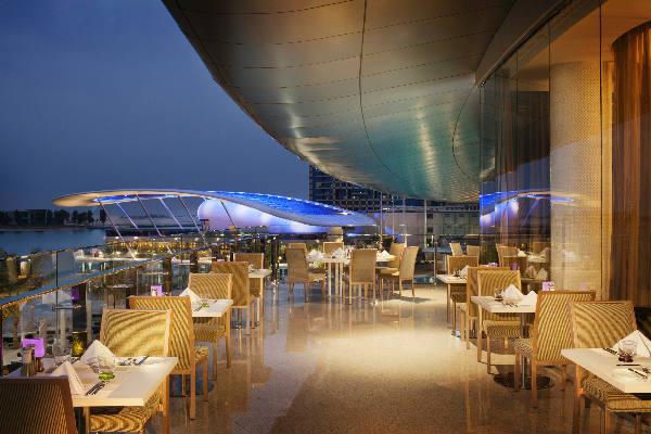 Jumeirah At Etihad Towers Hays Faraway
