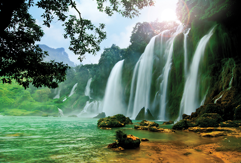 Vietnam Ban Gioc water fall  cao bang_107501495
